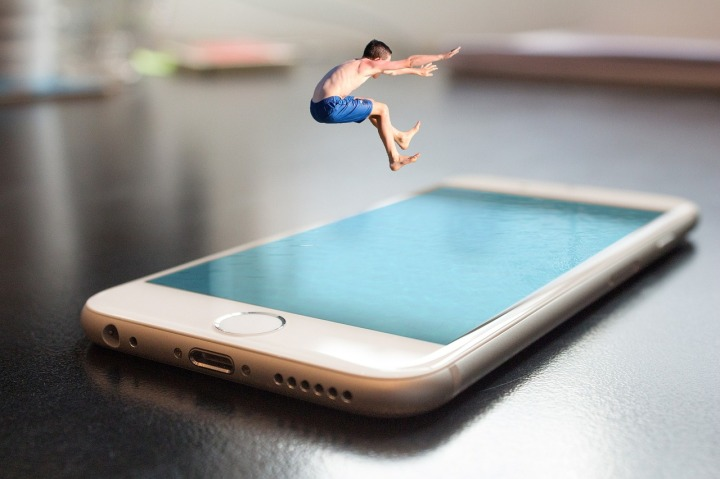 smartphone-2493419_1280