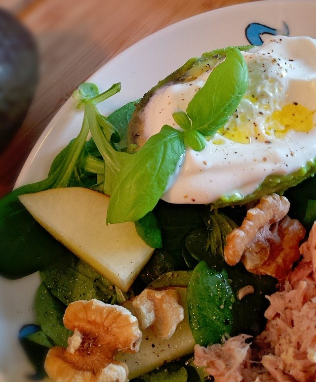 Avocado Tonijn Salade met Griekse Yoghurt