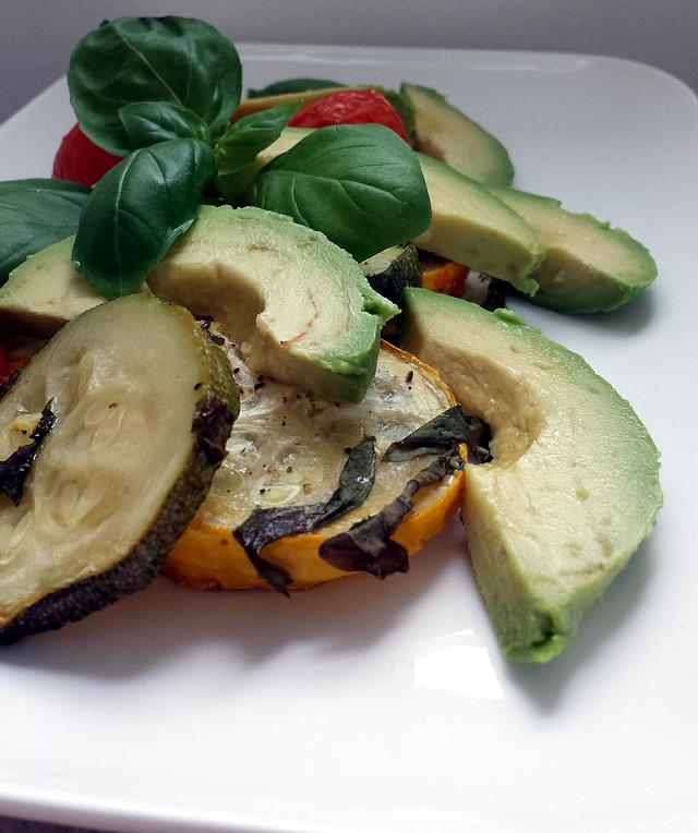 Courgette uit de Oven met Avocado