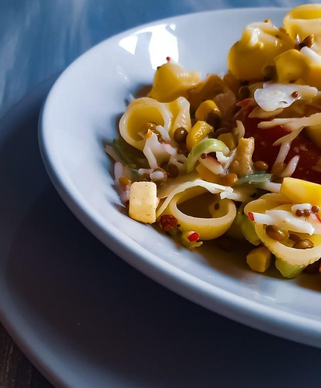 Pipe Rigate Salade met Linzen en Radijs