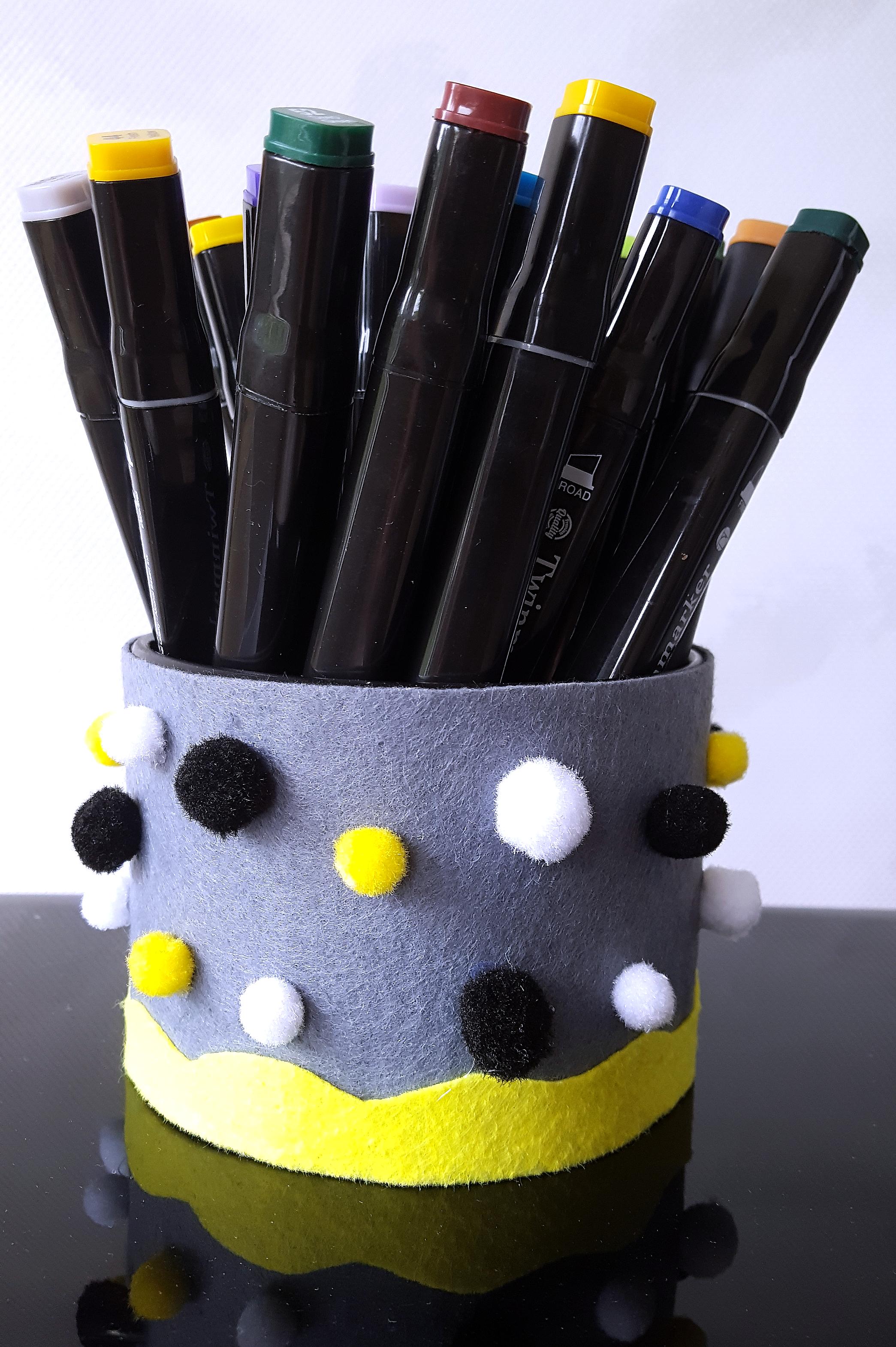 DIY Pennenbak van Vilt en Mini Pompons