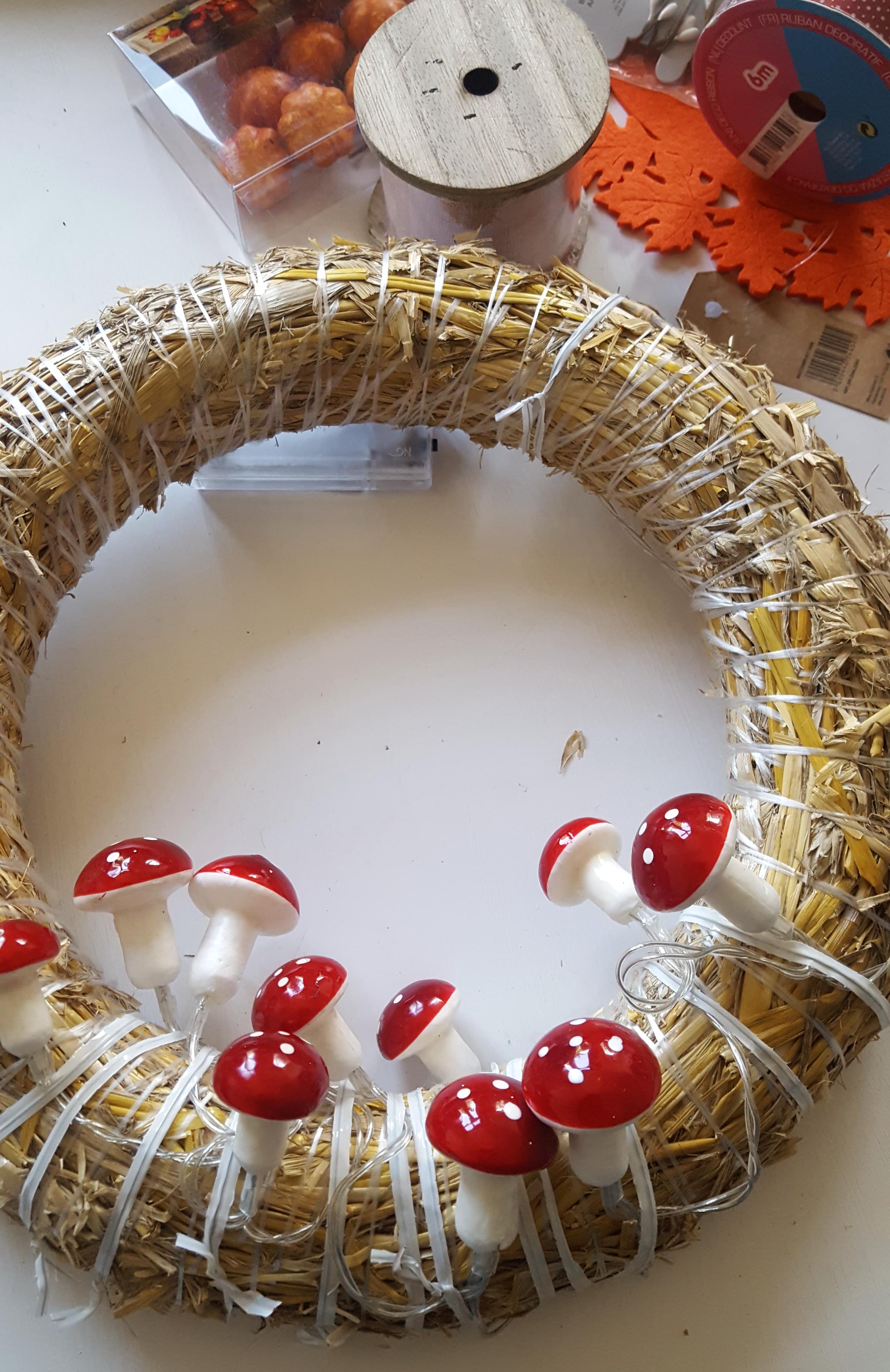 Paddenstoelen herfstkrans DIY